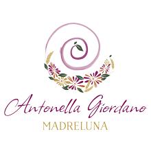 Antonella Giordano è Madreluna, consulente del femminile e doula a Torino e online